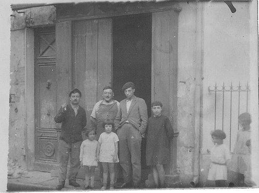 Album de famille - 21 rue Carnot à côté du Cercle