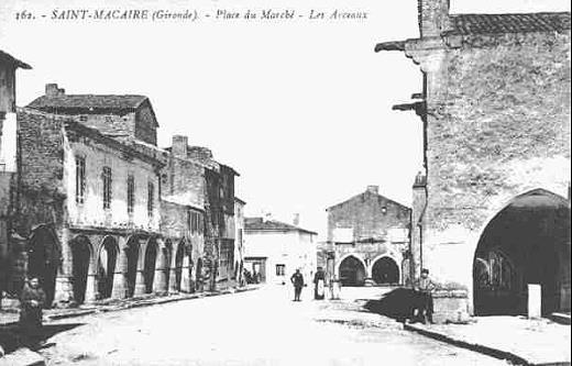 Album de famille - Place du Mercadiou